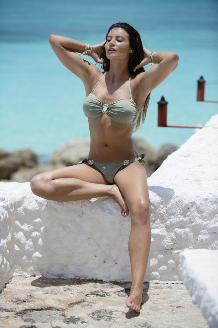 BOHO-bikini-2018-Iconic-bandeau-Glossy-bottom-olive-groen trendy zomer 2018
